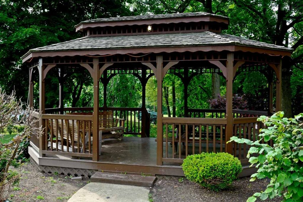 Altana czy pawilon ogrodowy?